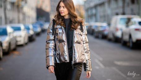 Серебристая одежда: что с чем носить