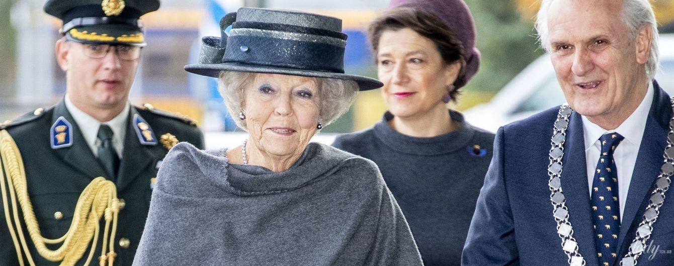 В платье, шляпе и на каблуках: 80-летняя принцесса Беатрикс демонстрирует новый образ