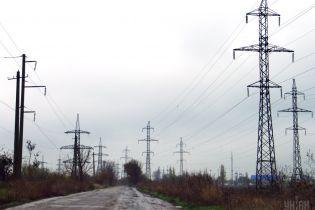В Украине без электроэнергии остаются 13 населенных пунктов