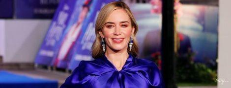 В неоново-синем платье: роскошная Эмили Блант в кутюрном наряде приехала на премьеру фильма