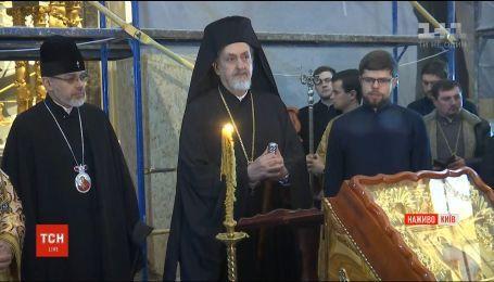 В Андреевской церкви состоялась первая литургия Вселенского патриархата
