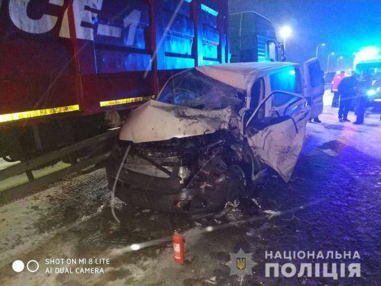 У ЗСУ назвали попередню причину ДТП військового КрАЗу та мікроавтобуса на Львівщині