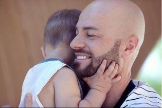 Влад Яма рассказал, почему не показывает лицо сына