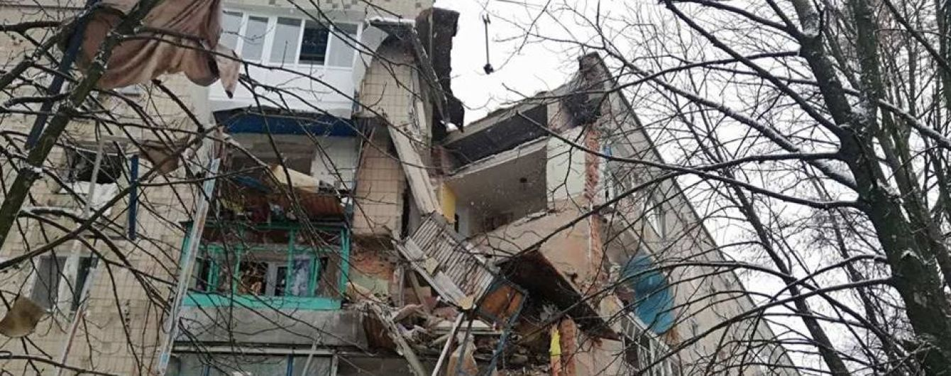 На Киевщине произошел взрыв газа в доме, разрушены три этажа
