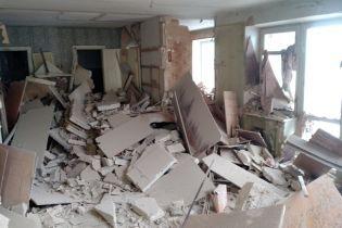 Спеціалісти не знайшли слідів вибуху газу у зруйнованій п'ятиповерхівці у Фастові