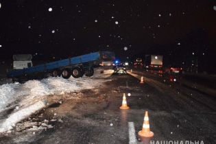 На Вінниччині негода призвела до низки жахливих аварій
