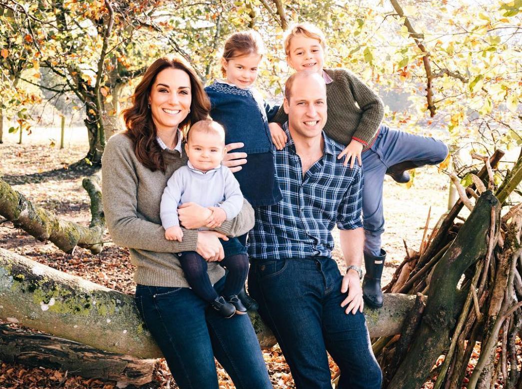 Кейт Міддлтон і принц Вільям з дітьми