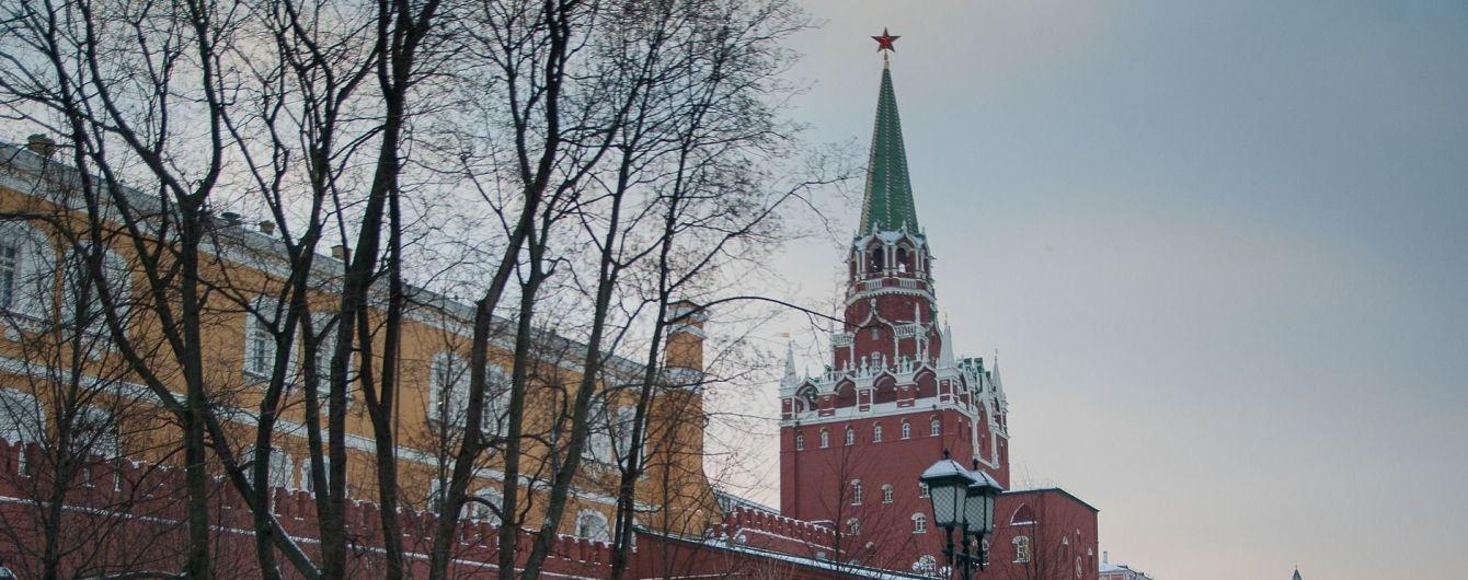 У Путіна розповіли, чому не відповідали на дзвінок Порошенка