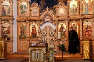 """Оплески та вигуки """"браво"""". У Вінниці собор Московського патріархату перейшов до Помісної церкви"""