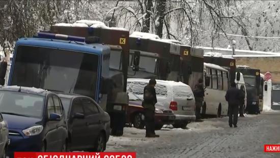 В день Об'єднавчого собору Києво-Печерська лавра перебуває під посиленою охороною