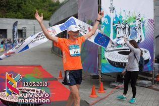Український бігун став переможцем фінального етапу найдовшого пустельного ультрамарафону в світі