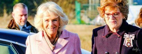 Сяє в бузковому пальті: герцогиня Корнуольська на заході в Семінгтоні