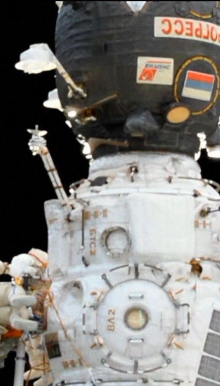 Россияне проводят следствие в космосе относительно отверстия в их корабле