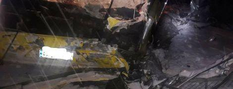 В ночной аварии с автобусом и легковушкой на Львовщине погибли трое военнослужащих