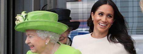 Герцогиня Сассекская Меган встретилась за чаепитием с королевой Елизаветой II