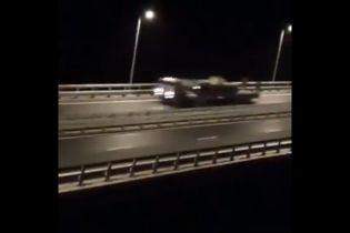 В оккупированном Крыму заметили колонну военной техники, направлявшуюся по Керченскому мосту в сторону РФ