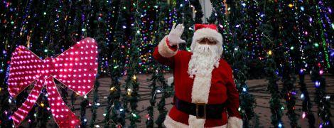 """""""Новогодний"""" опрос. Украинцы рассказали, как празднуют Николая и верят ли в Деда Мороза"""