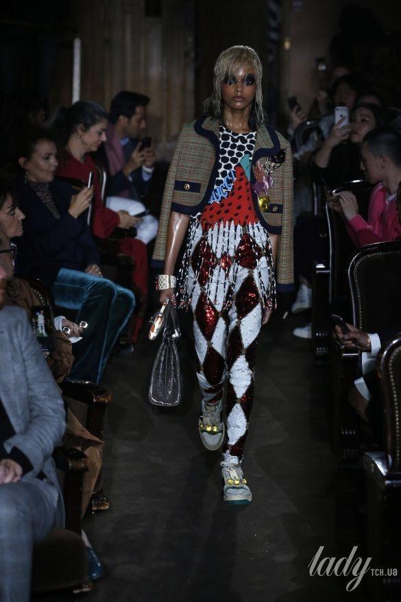 Коллекция Gucci прет-а-порте сезона весна-лето 2019_23