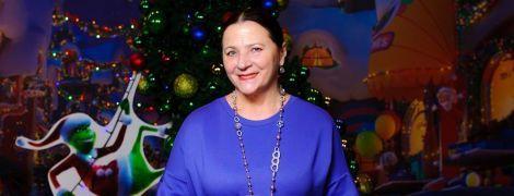 У синій сукні і з червоною помадою: ефектна Ніна Матвієнко на прем'єрі анімаційної комедії