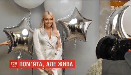Известные украинские певицы снялись в предновогодней социальной фотосессии