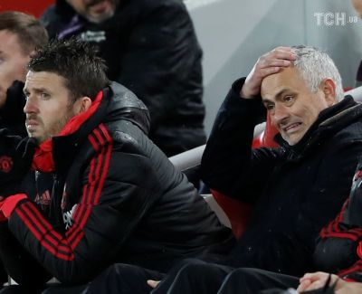 """Офіційно. """"Манчестер Юнайтед"""" відправив Моурінью у відставку"""