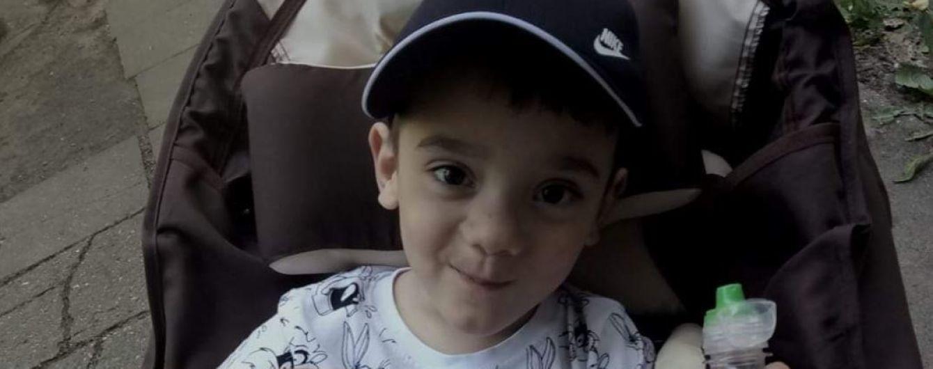 6-летний Давид мечтает о первых самостоятельных шагах