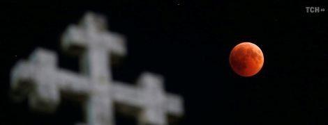 """Пастор в США уверяет, что январский """"кровавый Месяц"""" – признак близкого конца света"""