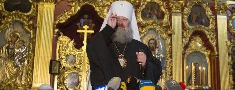 Монахов и наместника Киево-Печерской лавры проверили на новый коронавирус