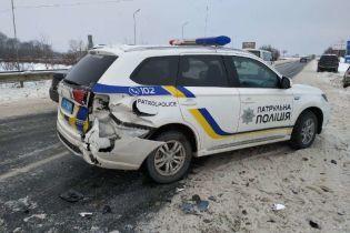 Патрульные попали в тройное ДТП в Черновицкой области