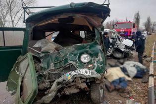 На Херсонщине лоб в лоб столкнулись микроавтобусы - погибли пять человек