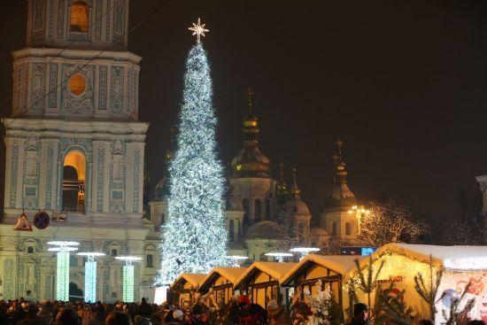 ТСН дізналася, скільки коштує провести новорічну ніч у Львові, Одесі та Києві