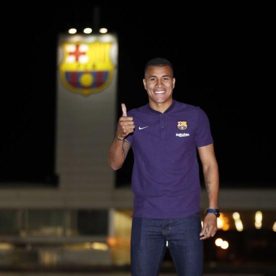 """""""Барселона"""" здійснила перший зимовий трансфер"""