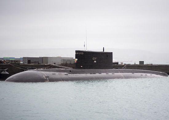 Російські підводні човни проводять навчання у Чорному морі