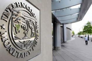Місія МВФ повертається до України