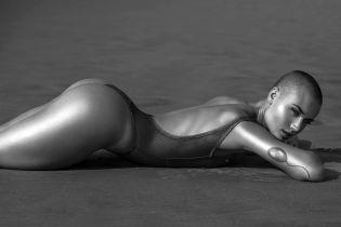Уперше в історії для Playboy знялася лиса модель