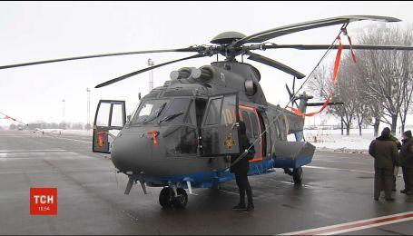 В Украину прибыли первые французские вертолеты
