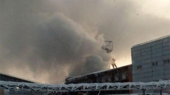 У Росії спалахнула пожежа на шахті, дев'ятеро гірників опинилися у пастці під землею