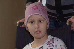 В помощи нуждается маленькая Настя из Черновцов