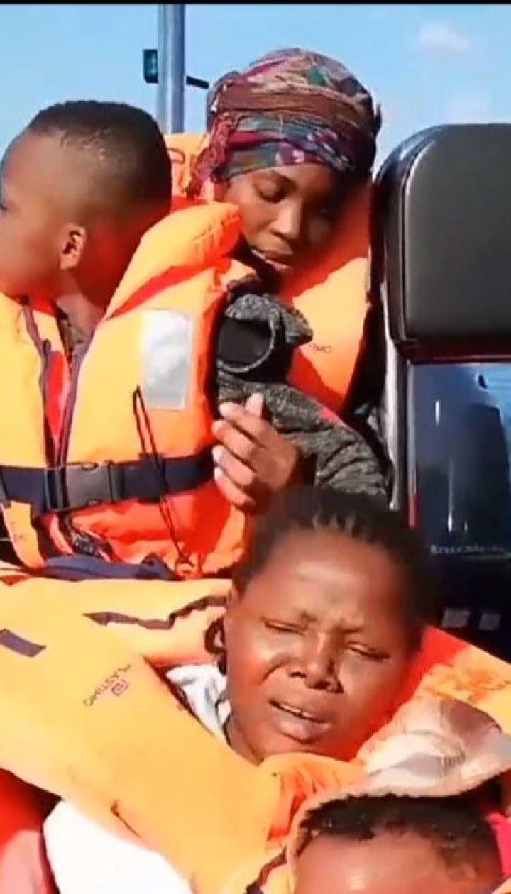 Іспанські волонтери врятували у Середземному морі 300 мігрантів
