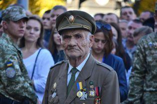 Порошенко подписал закон о предоставлении воинам УПА статуса ветеранов