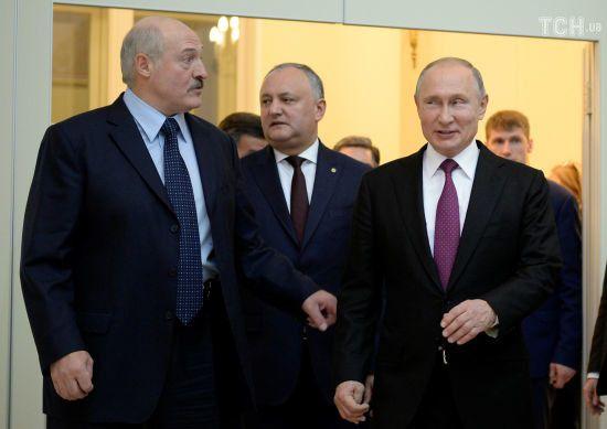 Після суперечок із Путіним Лукашенко відмовився називати Росію братньою державою