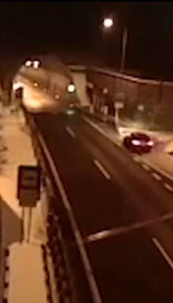 У Словаччині водій легковика залишився живим після приголомшливої аварії