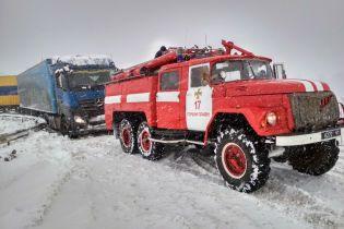 Самое страшное позади: центр и восток Украины выдержал удар зимней стихии