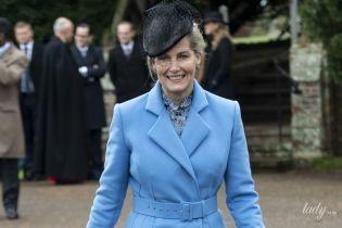 Была ярче всех: графиня Уэссекская Софи удивила выбором наряда для рождественской службы