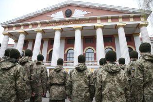Минкульт поддержал демонтаж памятника Суворову возле военного лицея в Киеве