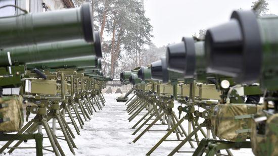 Розкрадання мільйонів на оборонці і російська контрабанда. Журналісти викрили схеми оточення Порошенка