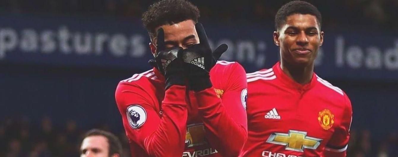 """На зло хейтерам. Футболіст """"Манчестер Юнайтед"""" забив дивовижний """"гол"""" туалетним папером"""