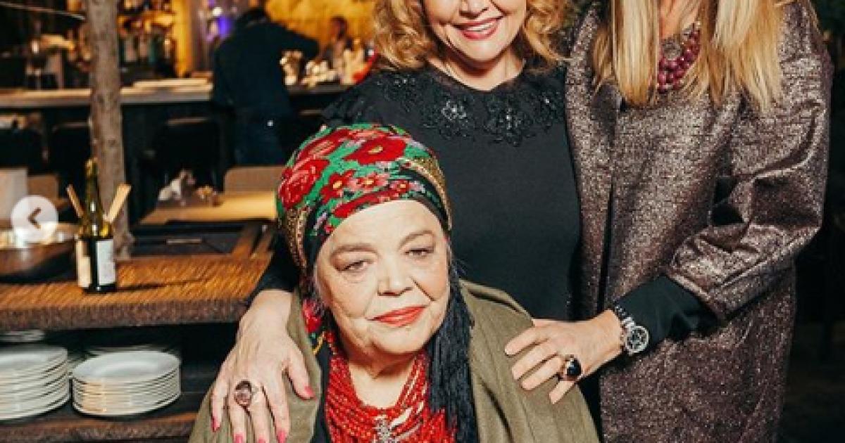 Ольга Сумская с мамой и Аллой Кудлай @ instagram.com/olgasumska