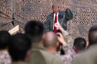 """Трамп обещает """"не бросать"""" Ирак без американских войск"""