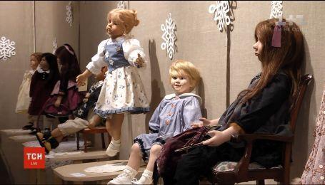 В Одессе устроили выставку коллекционных и авторских кукол